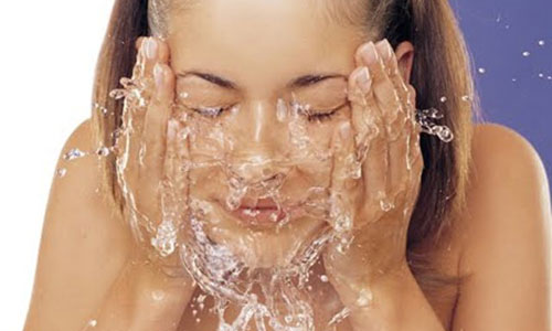 Увлажняющий крем для лица с эффектом сияния