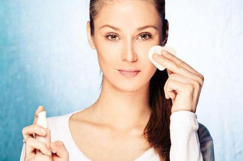 Тональный крем для жирной кожи некомедогенный